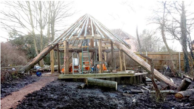Building the Stone Age Roundhouse - Construction / Batchwood